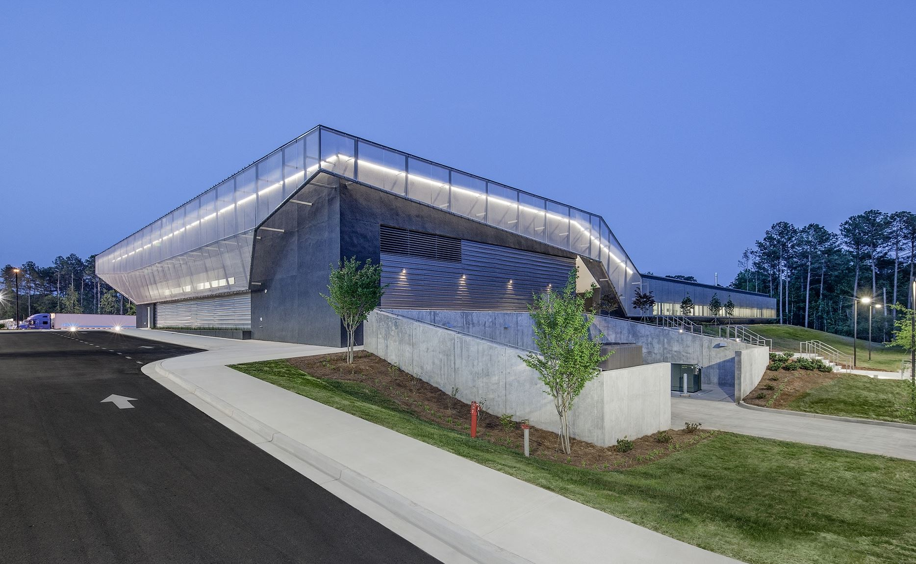 Georgia BioScience Training Center and Cambridge Architectural Mesh