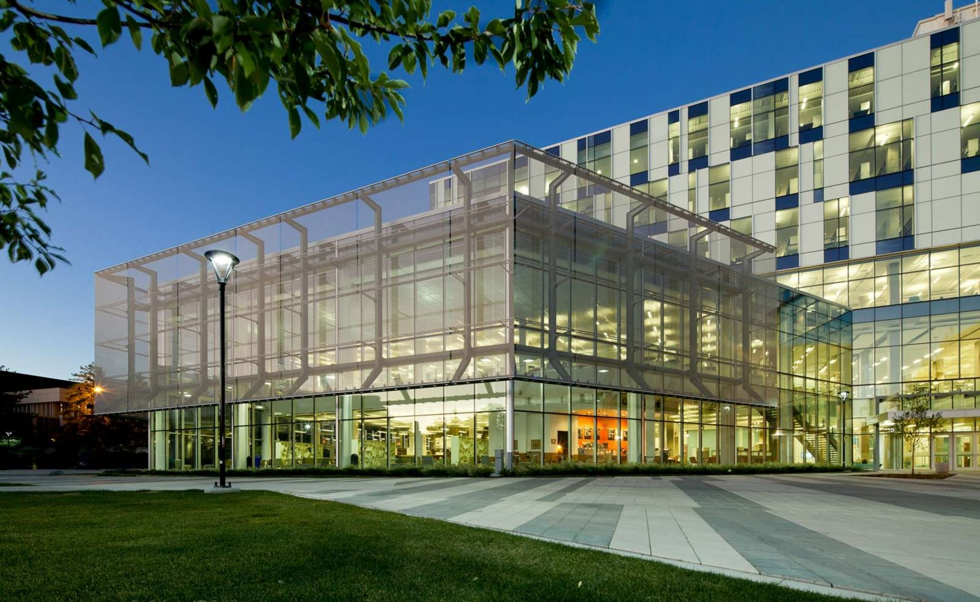 University of Calgary Taylor Family Library with Cambridge Architectural Mesh